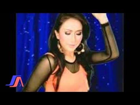 Ade Irma - Tinggal Kenangan (Official Lyric Video)