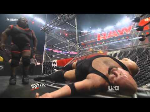 WWE - Mark Henry crash the Steel Cage on Raw 27 June 2011 [720p HD] videó letöltés