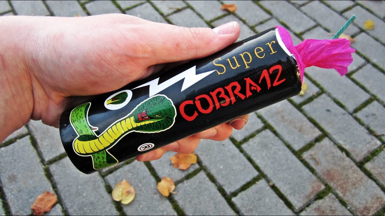 Cobra 12