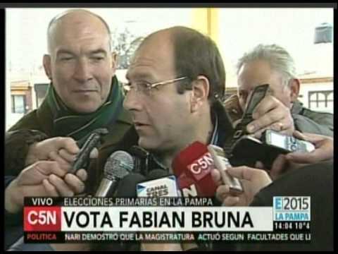 C5N - ELECCION 2015: VOTA FABIAN BRUNA EN LAS PRIMARIAS DE LA PAMPA