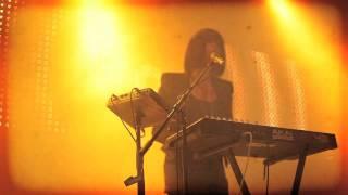 Phantogram - When I'm Small//Futuristic Casket - Live in Vancouver
