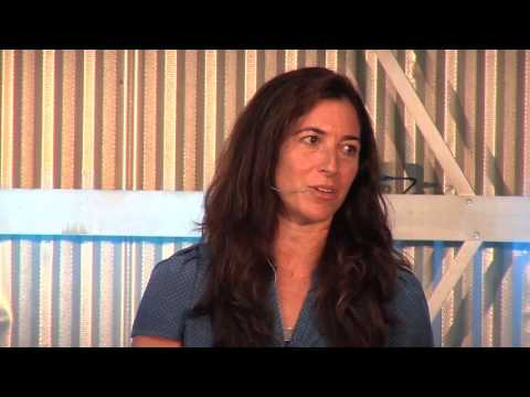 Femininity vs. ambition: Amy Stanton at TEDxVeniceBeach