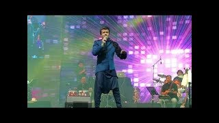 Gambar cover Main Agar kahoon with a Twist |Babul ki duayen |Sonu Nigam Live Concert at Global Village 2018