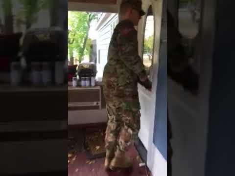 Soldier surprising grandparents