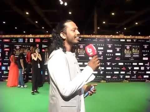 IIFA Rocks 2016 - Nakash Aziz Singing Jabra - Fan