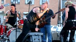 SEA MONSTER - Sex God Chant - Indian Larry Block Party september 22 2012