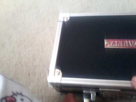 How To Open A Vaultz Lockbox Look What I Found Inside Youtube