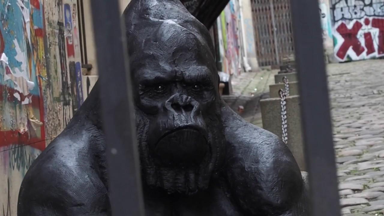 Un gorille à Paris - Olivier Courty - sculpteur animalier