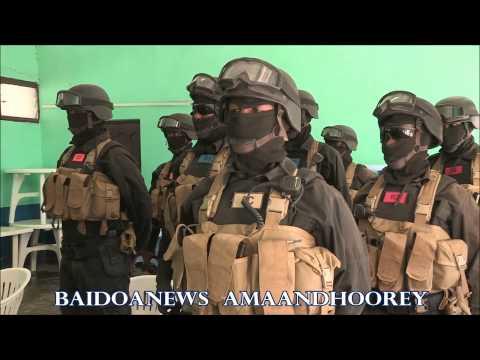 BOLISKA SOMALIA OO SALAAN SHARAF SIINAYA  STEPHEN FELLER - LATALIYAHA UN POLICE MARKUU SOMALIA YIMID