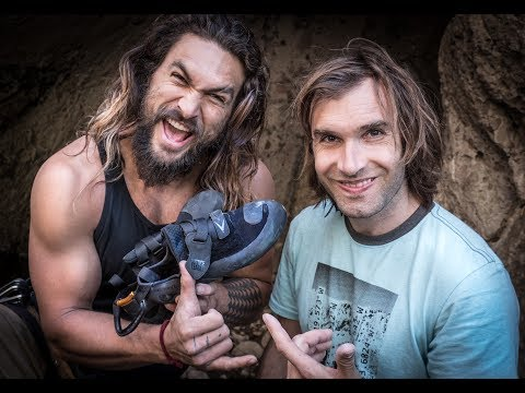 JASON MOMOA, CHRIS SHARMA, POL ROCA CLIMBING IN MALIBU CREEK 2017