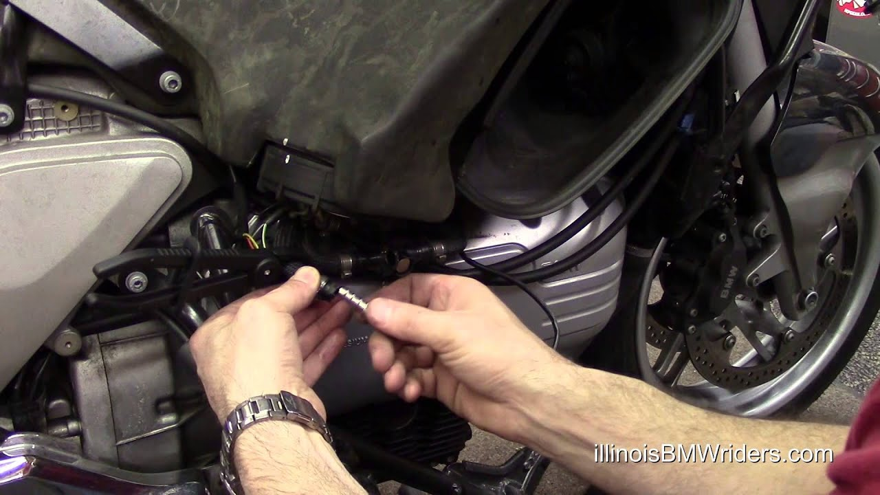 BMW K1200LT Fuel Tank Quick Disconnects Replacement - YouTube