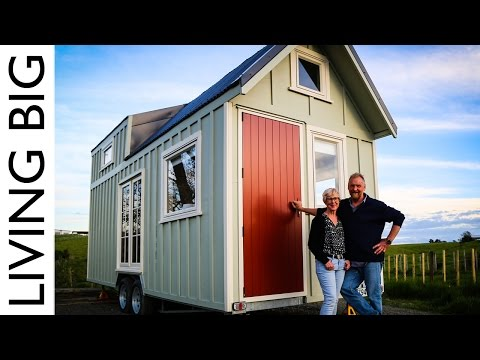 Tiny House Video Tour Dave And Adrienne Build A