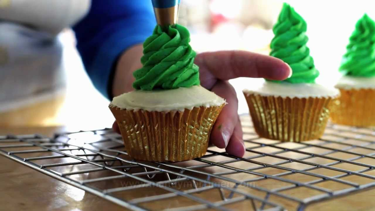 Christmas Tree Cupcakes from WTF?!