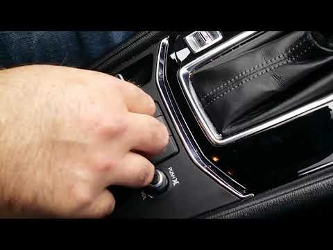 Как установить навигатор в машину  . Mazda CX5