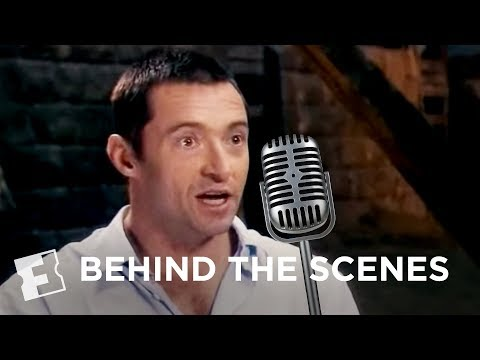 Les Miserables: Singing Live | Behind The Scenes | FandangoMovies