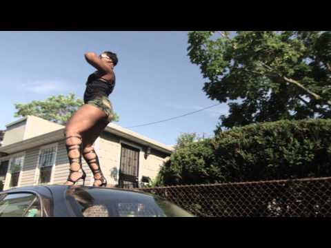 """Bolly - """"2 Stoves"""" [Official Music Video]"""