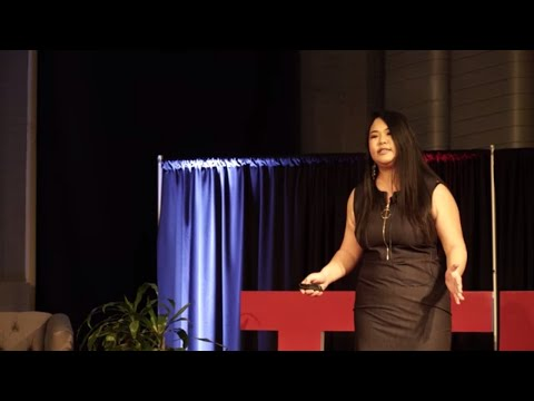 An international students story and advice | Lily Chang | TEDxIWU