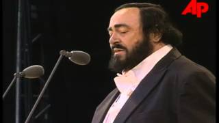 Luciano Pavarotti - Hyde Park 2001