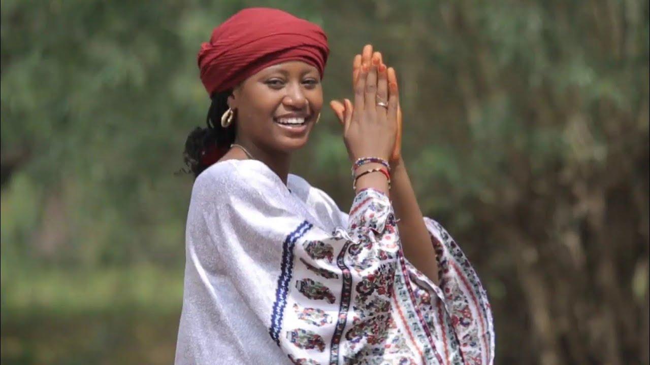 Download Sabuwar Waka (Zo Mu Tafi Masoyiya Ta) Latest Hausa Song Original Video 2020#