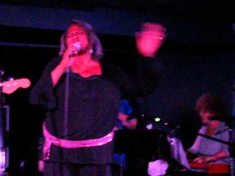 Beverly Crosby Sings @ 78 Below