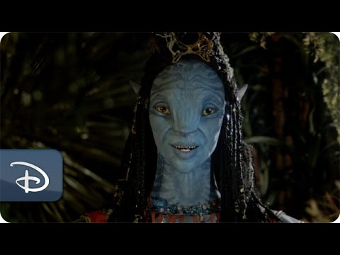 First Look at The Na'vi River Journey Shaman | Disney