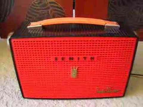 ZENITH X405V Santa Monica Tube Radio 1956 Retro classic