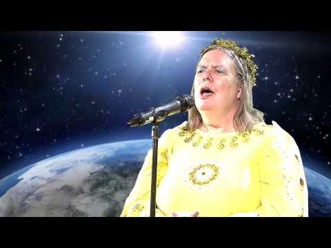 Suzanne Muldowney: Christmas Carols in Latin (HD)