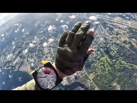 Force Recon Marines Free-Fall Jumps • Training For HALO