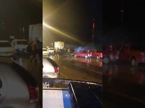 Carros colidem em Sena Madureira