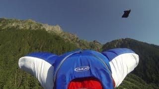 10044_Base jump wingsuit Le Brévent Chamonix Mont-Blanc Valery Rozov