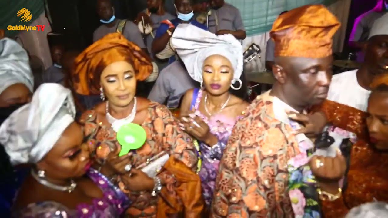 WEDDING CEREMONY OF GANIYAT AND SURAJUDEEN WITH K1 DE ULTIMATE DISHING OUT HOT VIBES