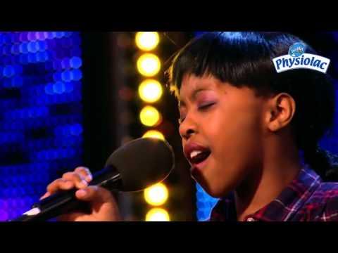 Không thể hay hơn giọng ca của cô bé 11 tuổi khiến khán giả hò hét