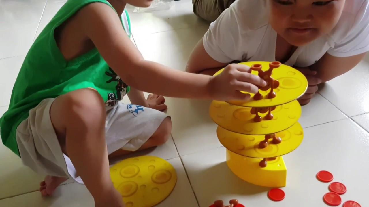 Trò Chơi Chuột Đỡ Phô Mát (Mouse Stacks Cheese Game)| Kids Toy Media