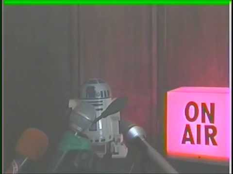 Sam Phillips Interviews R2D2 About Hand Snapping In The Universe