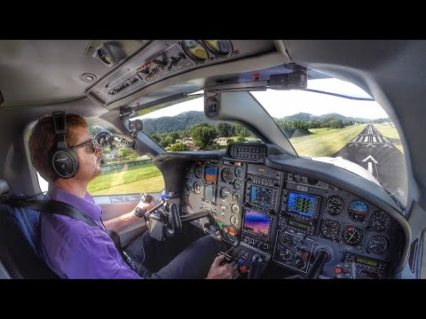 Flight VLOG - Flying Single Pilot in the Mountains