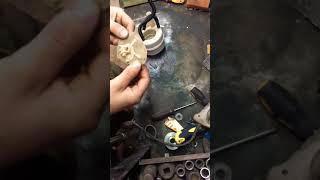 вскрываем топливный фильтр Ниссан Кашкай после езды на АИ-95