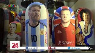 Sôi động thị trường đồ lưu niệm mùa World Cup | VTV24