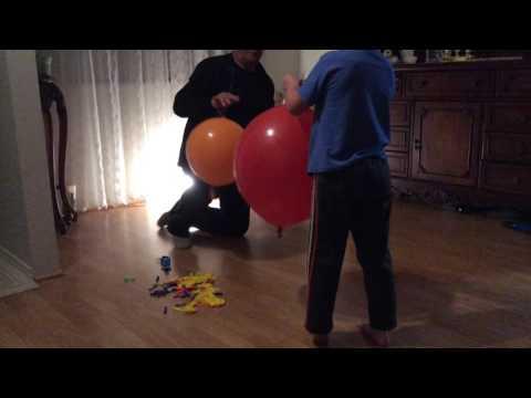 Надуваем и лопаем шарики, шары и шарищи  / Бой шарами