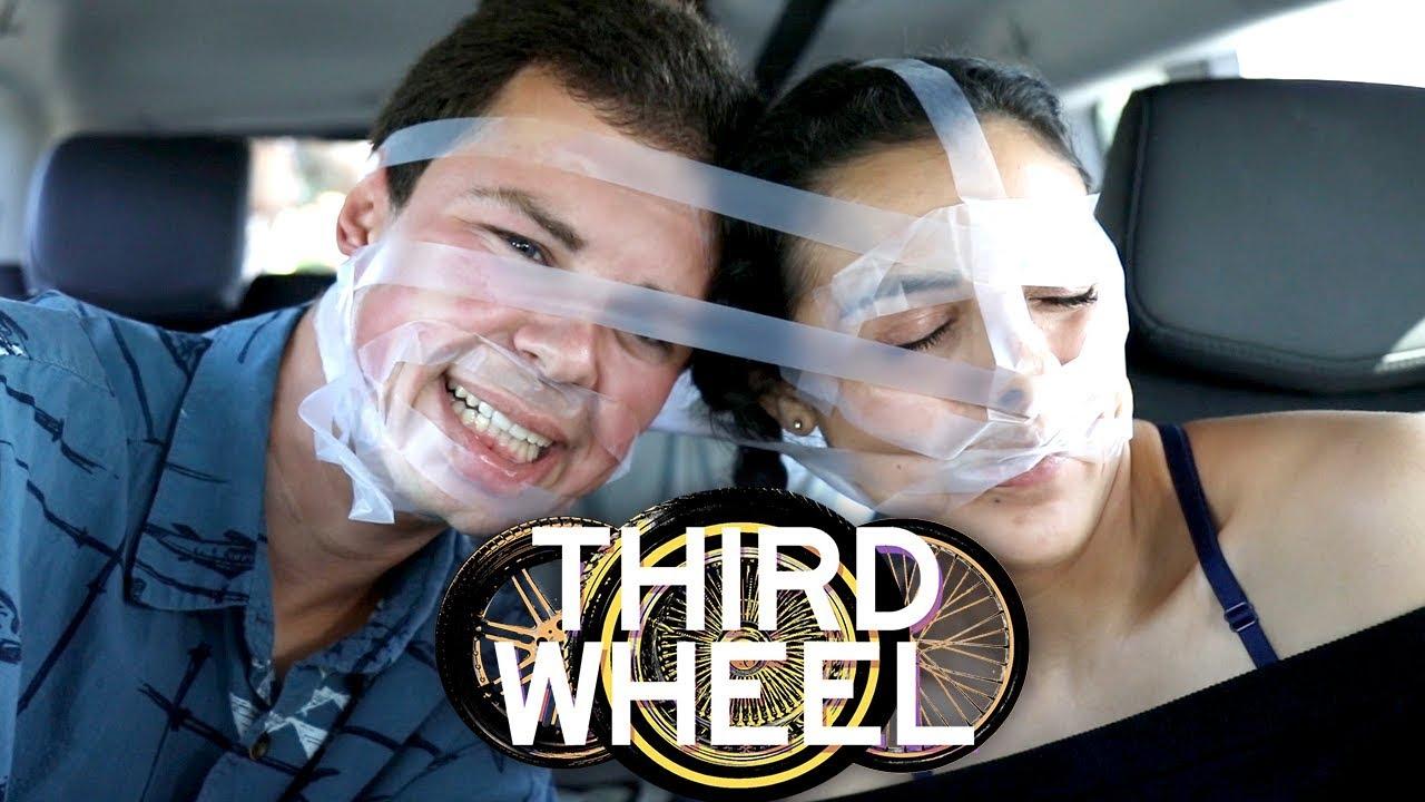 taped-together-first-date-challenge-third-wheel-w-lauren-elizabeth-hunter-march