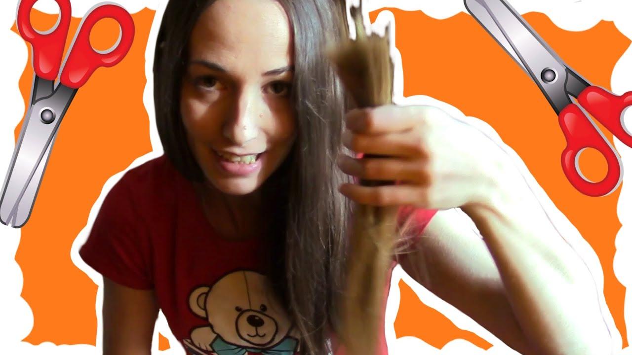 Розыгрыш отрезал волосы
