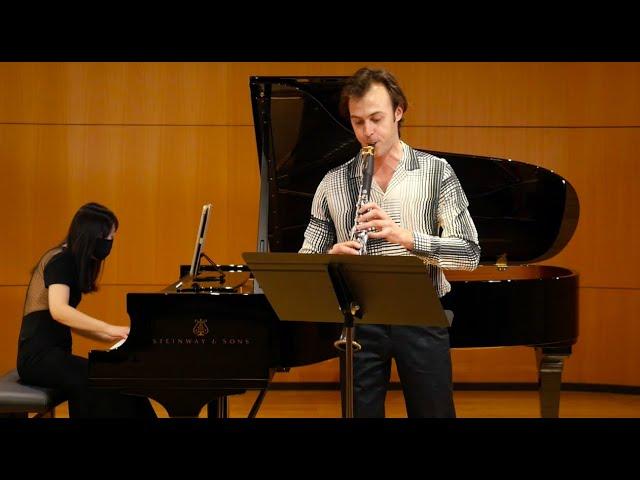 Rogerson Scattered Leaves | Graeme Steele Johnson, clarinet