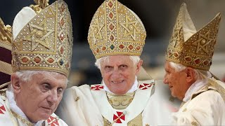 Benedict XVI wears the Star of David !!!