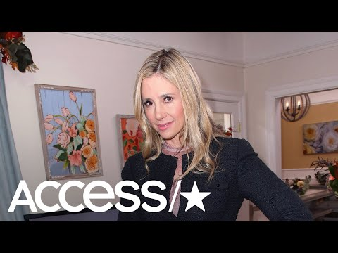 mira-sorvino-pens-apology-to-dylan-farrow,-vows-to-never-work-with-woody-allen-again