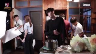 Video 【JSHINE】160826  Eng Sub W Hungry Scene Lee Jong Suk feeds Han Hyo Joo Ep 11 BTS download MP3, 3GP, MP4, WEBM, AVI, FLV April 2018
