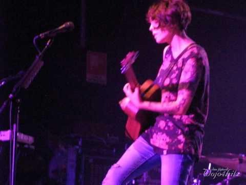 9/18 Tegan & Sara - Fan Didn't Like Tegan + You Wouldn't Like Me @ Magazzini Generali, Milan 11/10