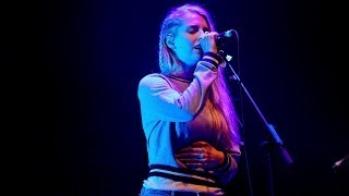 London Grammar - Sights at Glastonbury 2014
