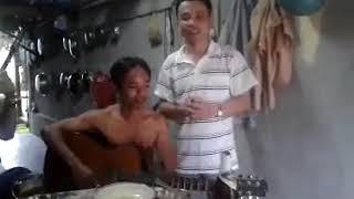 Nhớ Nha Trang. Thanh Tuấn hát.