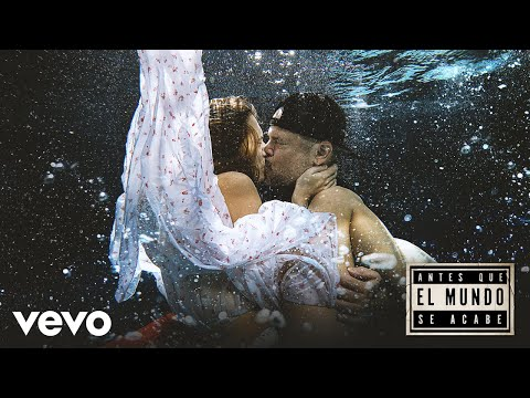 Residente - Antes Que el Mundo Se Acabe (Official Video)