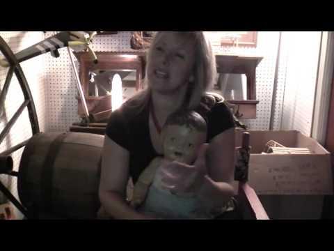 Le Petit Atelier Rouge présente son Propriétaire  Natalie Hawkins
