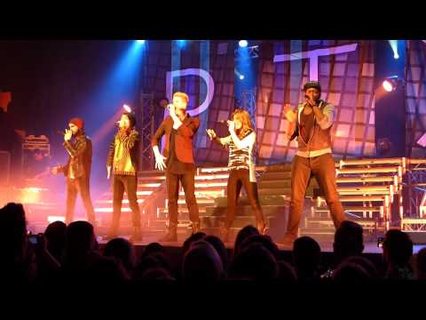 Pentatonix-Daft Punk,Telephone,Video,I need your Love,Say something,Aha!,We are young@ Hamburg Docks